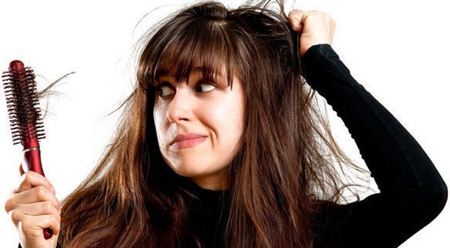 Factors-That-Lead-To-Hair-Fall-In-Women