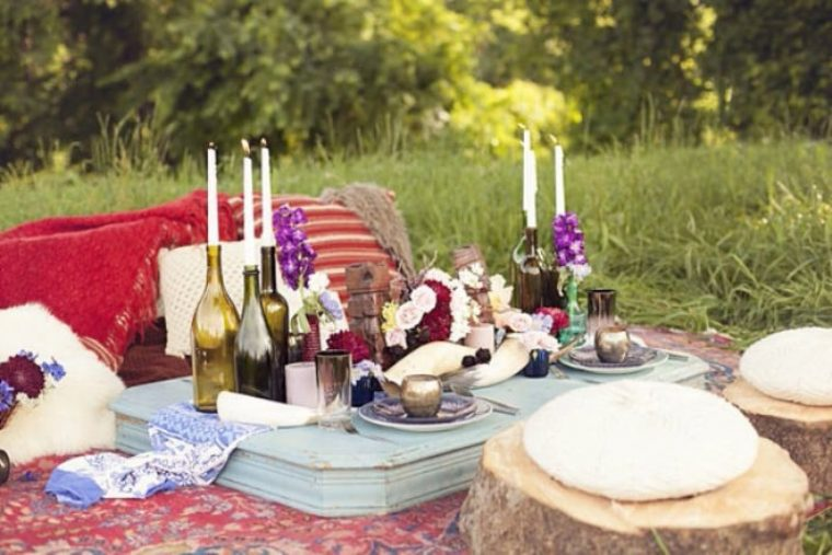 A Romantic Valentine's Day Picnic Idea