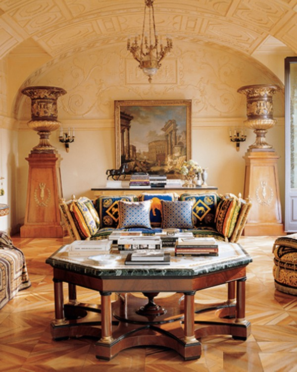 Living room design of Donatella Versace