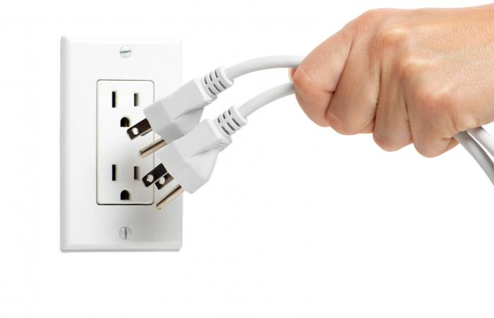 Unplug Electric Appliances