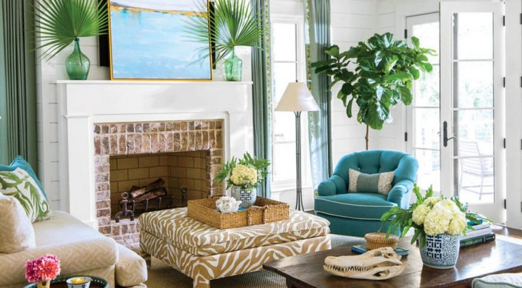 . Home Interior Decorating with Flower Arrangements in Living Room